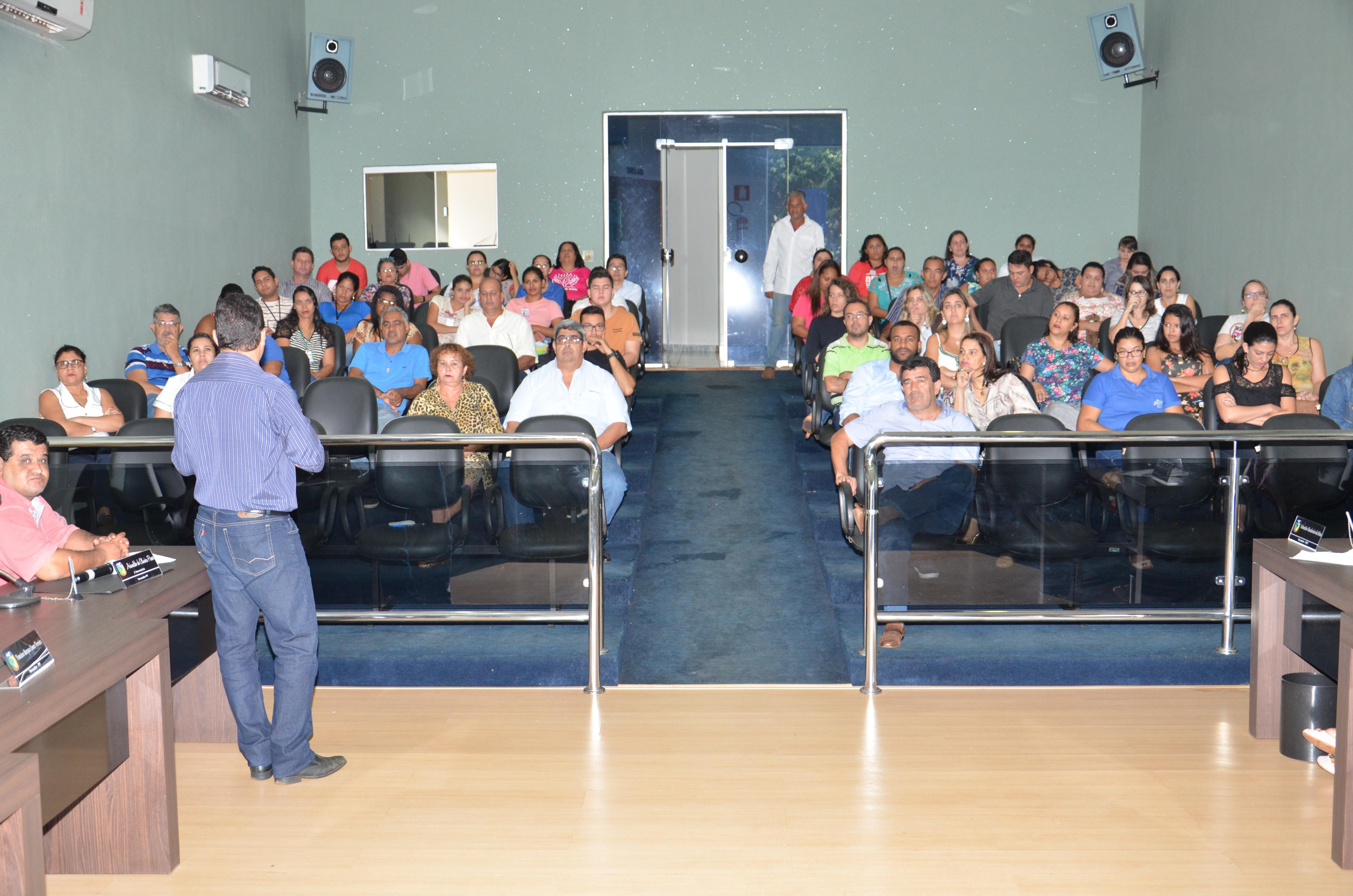 Imagem destaque notícia Receita supera em quase R$ 5 milhões despesas da prefeitura de Araporã