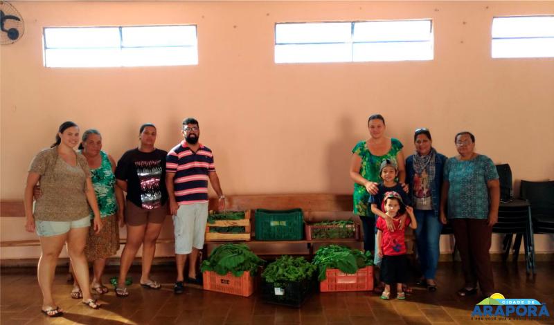 Imagem destaque notícia Pastoral da Criança recebe hortaliças da Escola Olintha