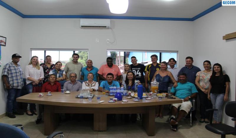 Imagem destaque notícia DEPUTADO FEDERAL ELEITO FRANCO CARTAFINA VISITA ARAPORÃ