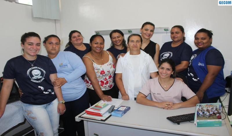 Imagem destaque notícia SECRETÁRIA DA SAÚDE APRESENTA NOVA MÉDICA DO PSF 3 À EQUIPE DE TRABALHO