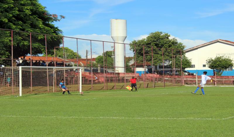 Imagem destaque notícia ARA e Ponte Preta vencem rodada do Varzeano e reforçam nome de Araporã na competição