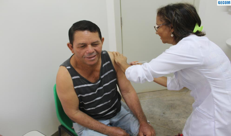 Imagem destaque notícia SAÚDE MOBILIZA EQUIPE PARA O DIA DE VACINAÇÃO CONTRA A GRIPE