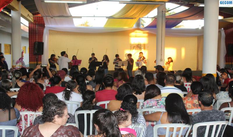 Imagem destaque notícia CEMEI EROTILDES HOMENAGEIA MÃES COM APRESENTAÇÕES E SORTEIO DE BRINDES