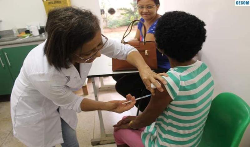 """Imagem destaque notícia MINISTÉRIO DA SAÚDE E SUPERINTENDÊNCIA REGIONAL DA SAÚDE LIBERA 200 DOSES """"EXTRAS"""" DA VACINA CONTRA H1N1"""