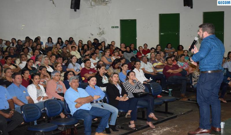 Imagem destaque notícia PALESTRA MARCA INÍCIO DO SEGUNDO SEMESTRE LETIVO EM ARAPORÃ
