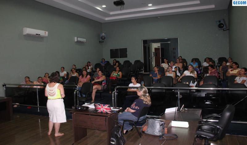 Imagem destaque notícia SEMEC OFERECE FORMAÇÃO CONTINUADA PARA PROFESSORES E ESPECIALISTAS