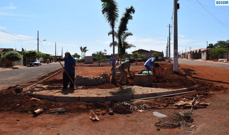 Imagem destaque notícia PREFEITURA INICIA A CONSTRUÇÃO DE MAIS UMA PRAÇA
