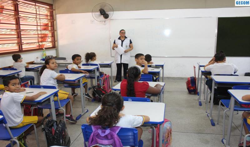 Imagem destaque notícia ALUNOS DE ARAPORÃ SÃO SUBMETIDOS ÀS PROVAS DO PROALFA E PROEB