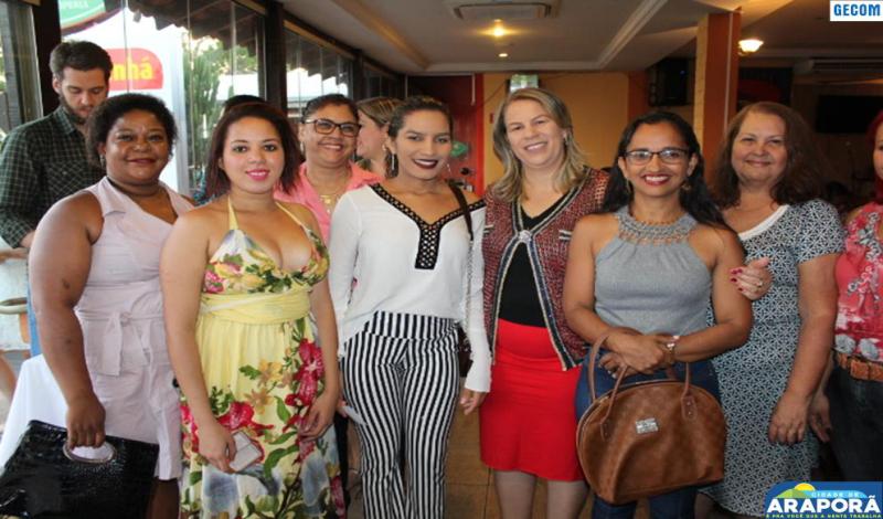 Imagem destaque notícia Prefeitura de Araporã reúne educadores para comemorar Dia do Professor