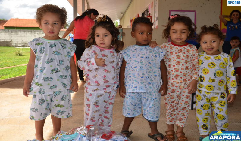 Imagem destaque notícia CEMEI Antônio Rabelo recebe pijamas para educação infantil
