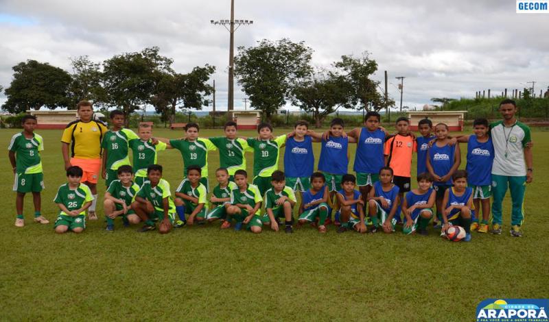 Imagem destaque notícia Escolinhas de futebol e futsal encerram atividades