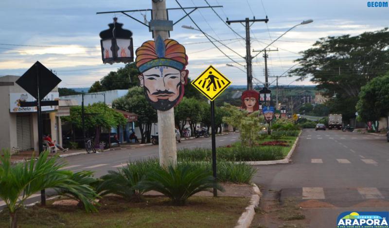 Imagem destaque notícia Carnaporã Folia começa a colorir as ruas de Araporã