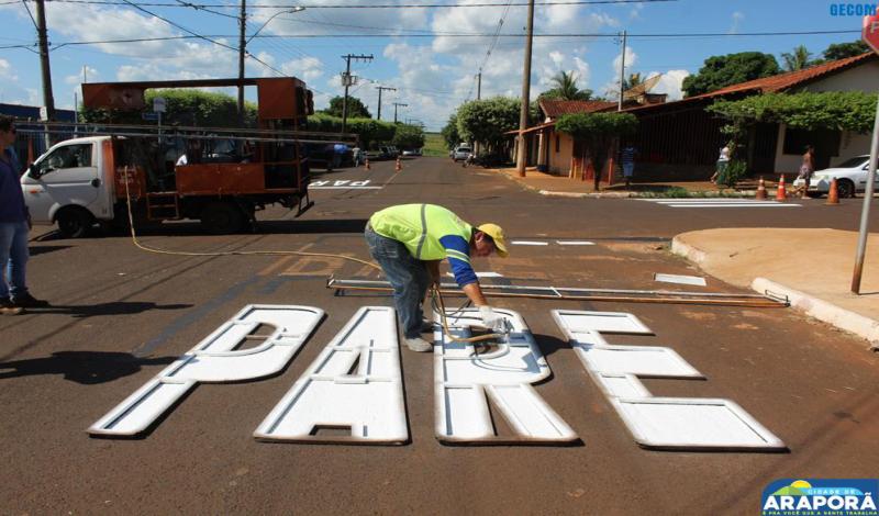 Imagem destaque notícia Prefeitura inicia pintura da sinalização de trânsito