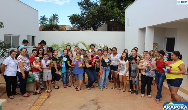 Imagem destaque notícia Crianças e adolescentes do SCFV presenteiam mães
