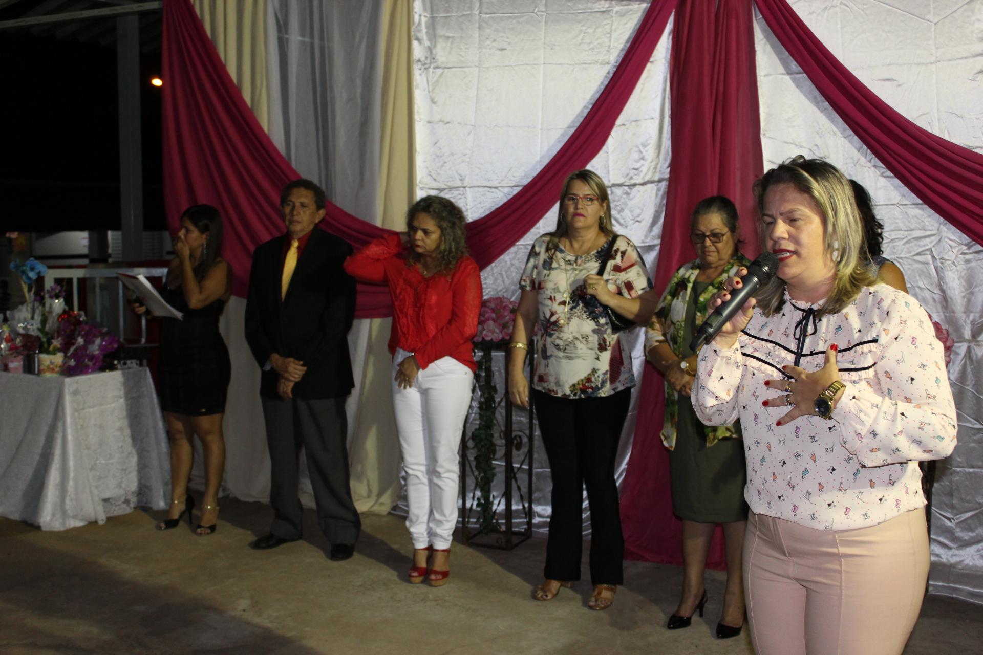 Prefeita Renata Borges parabeniza as mães pelo seu dia